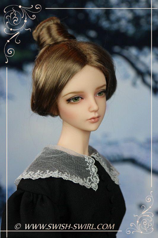 Jane Eyre (Iplehouse nYID Emilia, January 2013, custom face-up by Cristy Stone)