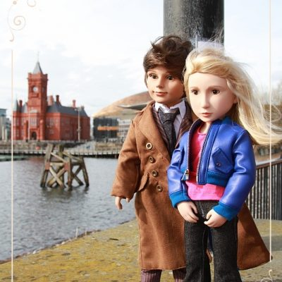 Tenth Doctor and Rose in Cardiff