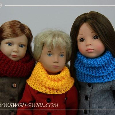 Highlands Cowl on various dolls